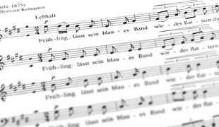 """""""Er ist's"""": Konzert und Rezitation zum Thema Frühling"""